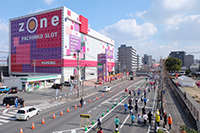 北九州マラソンはゾーン戸畑店前がコースになります